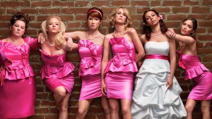 "Melissa McCarthy, Wendi McLendon-Covey, Ellie Kemper, Kristen Wiig, Maya Rudolph e Rose Byrne em ""A Melhor Despedida de Solteira"" (2011) © Universal Pictures"