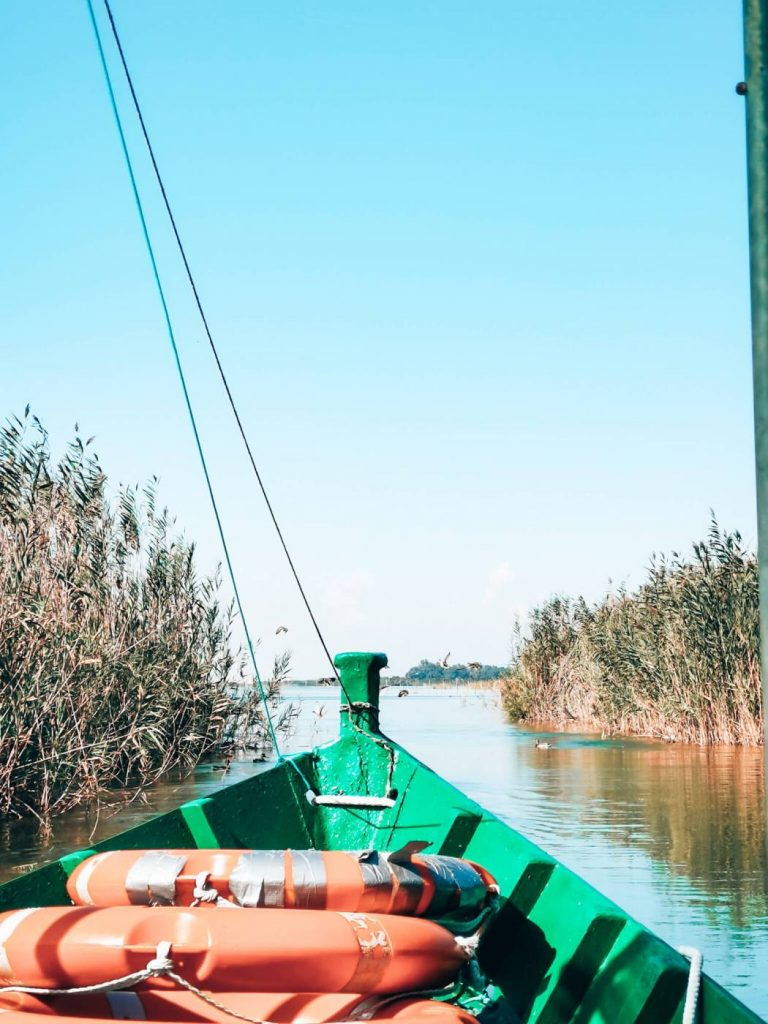 Passeio de barco na Albufera de Valência © lavidaesmara