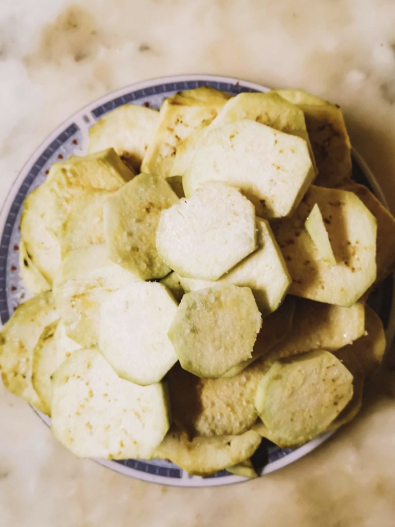 As rodelas de beringela com sal © lavidaesmara