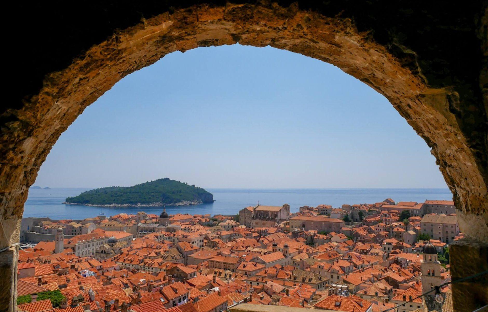 Dubrovnik: Conhece a cidade medieval na costa do Mar Adriático © lavidaesmara