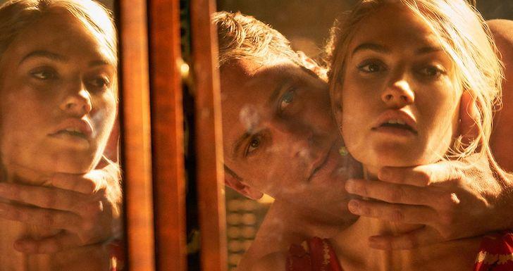 """Armie Hammer e Lily James em """"Rebecca"""" (2020) © Netflix"""