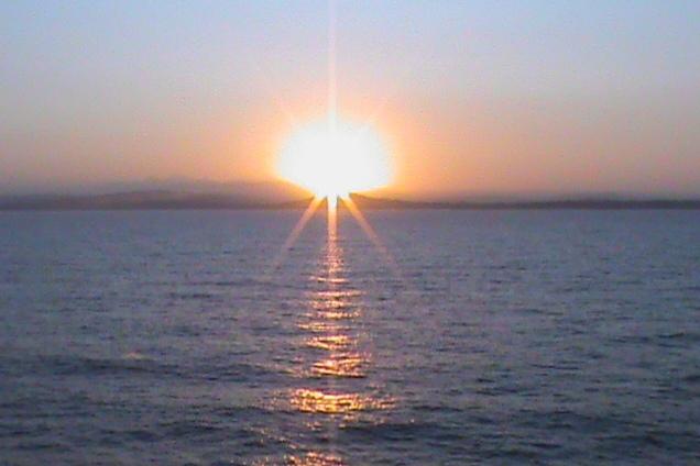Nascer do sol na Grécia © lavidaesmara