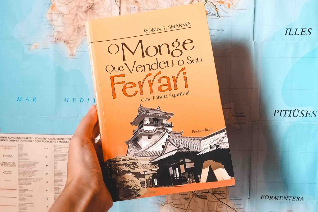 """Livro """"O Monge Que Vendeu o Seu Ferrari"""" © La Vida es Mara"""