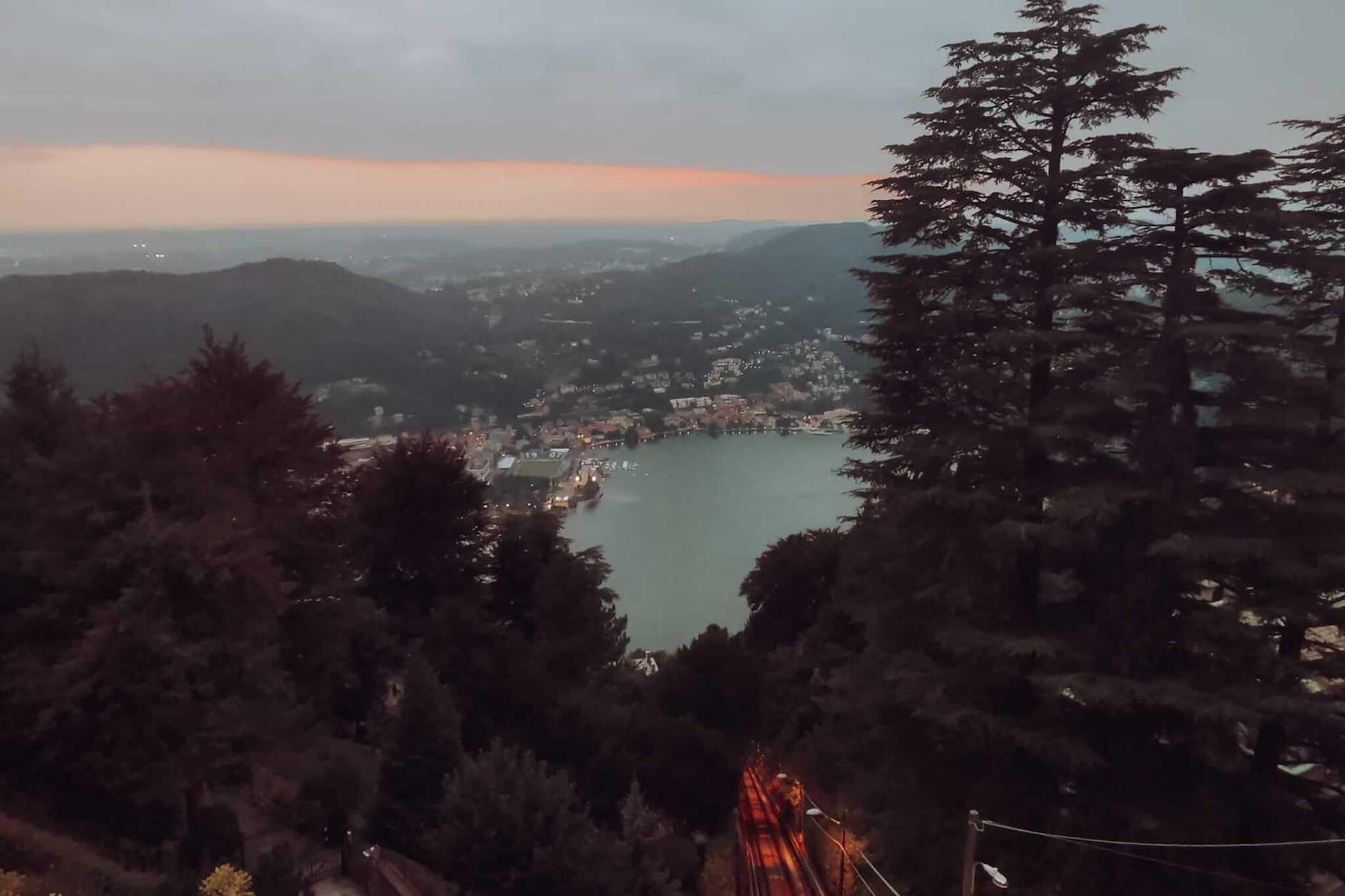vista sobre o Lago de Como em Brunate